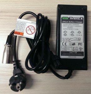 TranzX CH02 36V E-Bike Batterie Akku Ladegerät